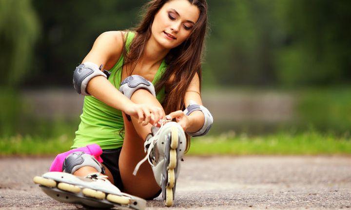 Роликовые коньки - хорошая летняя замена фитнесу в спортивном зале